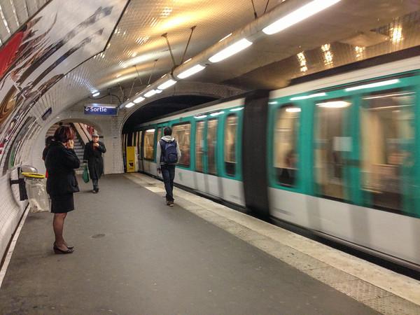 Paris Metro: Menilmontant