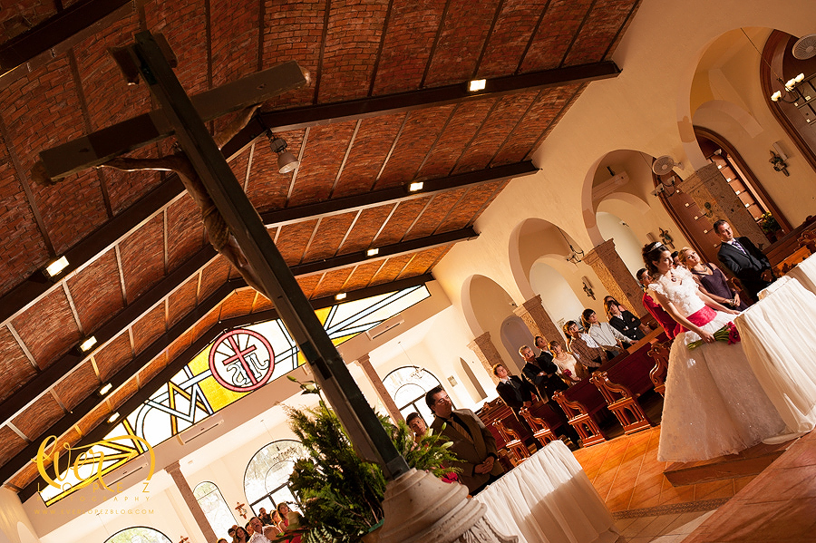 mexican destination party wedding photographer pictures church ceremony