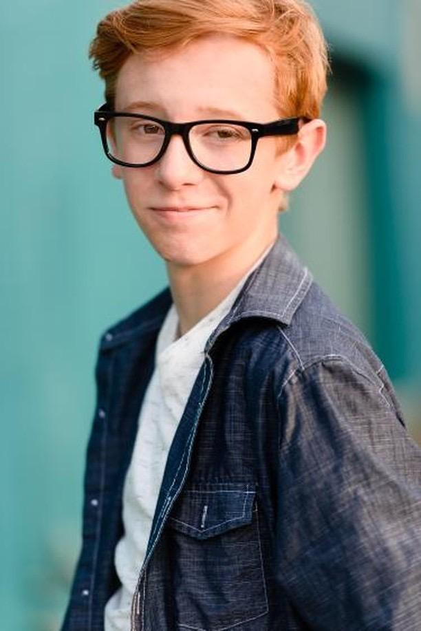Anson Bagley youtuber youtube working with lemons teen young glasses ginger hair