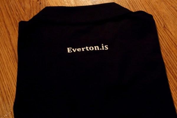 Everton bolur - bakhlið