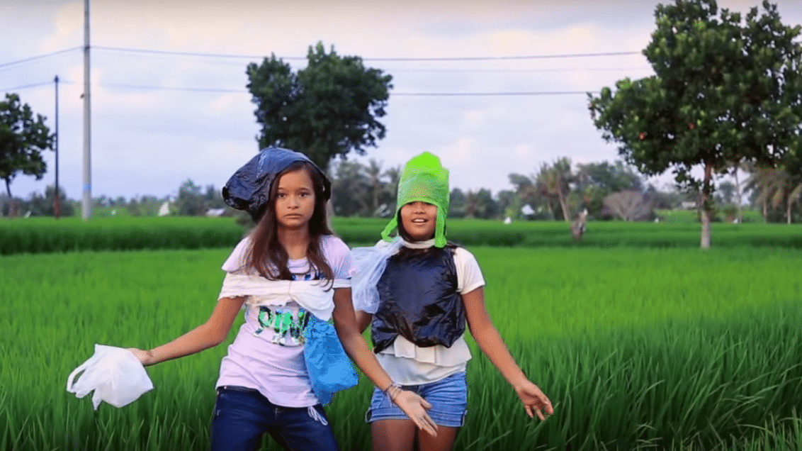Melati and Isabel Wijsen of Bye Bye Plastic Bags