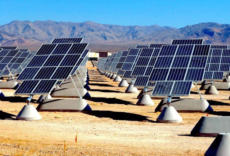 Image: Solar park in the desert, one of many solar energy advancements