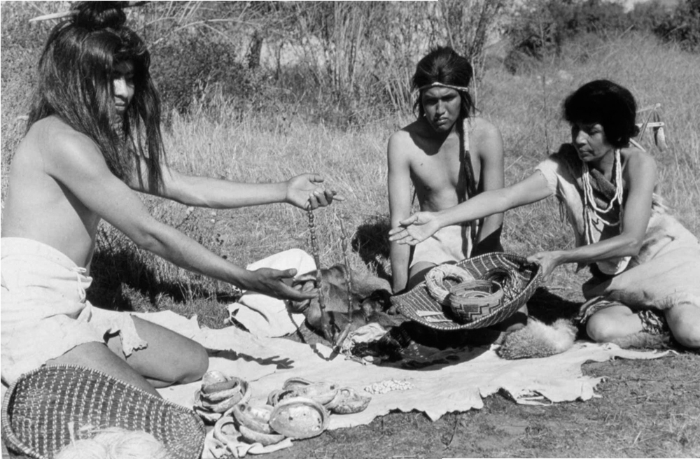 Image: Native people trading jewelry for tools