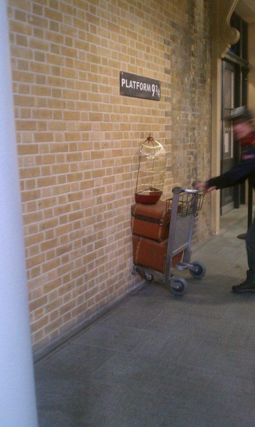 platform 9 34 500x836 - Europe: London, Day 2