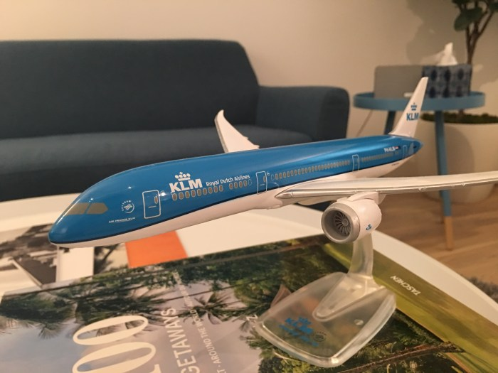 klm model airplane 700x525 - A visit to the KLM pop-up in San Francisco