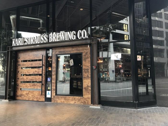 karl strauss brewing los angeles 700x525 - The best craft beer in Downtown Los Angeles