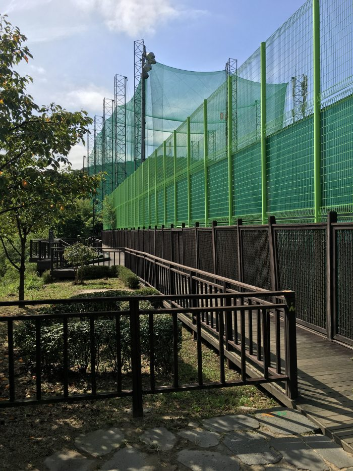 namsan mountain trail driving range 700x933 - Walking the Seoul City Wall - Namsan (Mongmyeok) Mountain Trail section