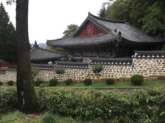 hoguksa temple 700x525 - A visit to Jinjuseong Fortress in Jinju, South Korea