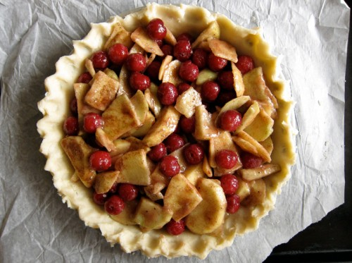 sour cherry apple pie with crumb topping