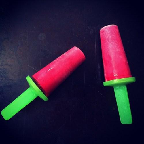 raspberry lemon yogurt popsicles | everybody likes sandwiches