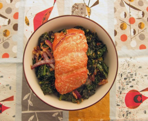 roasted coconut kale with salmon | everybody likes sandwiches