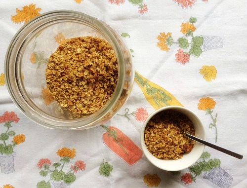 salted brown butter granola | everybody likes sandwiches