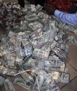 Upbeat EFCC raids Jonathan's cousin's premises in Bayelsa…for documents, cash
