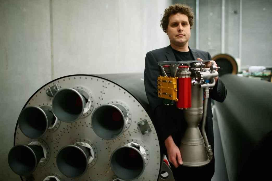 Electron's engine[