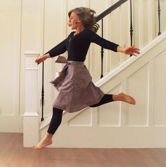 dancing skirt, not a grande jete