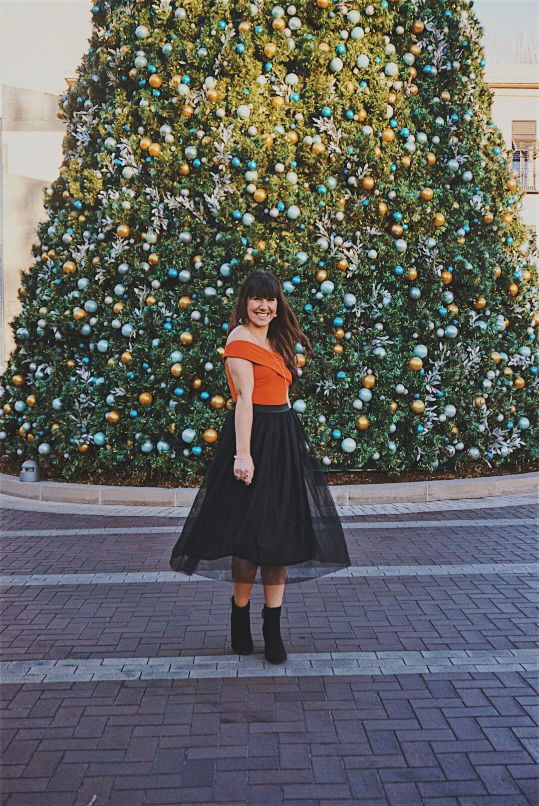 Holiday Tulle Skirt   New Years Eve Look   Black Tulle Skirt   New Years Eve Style  