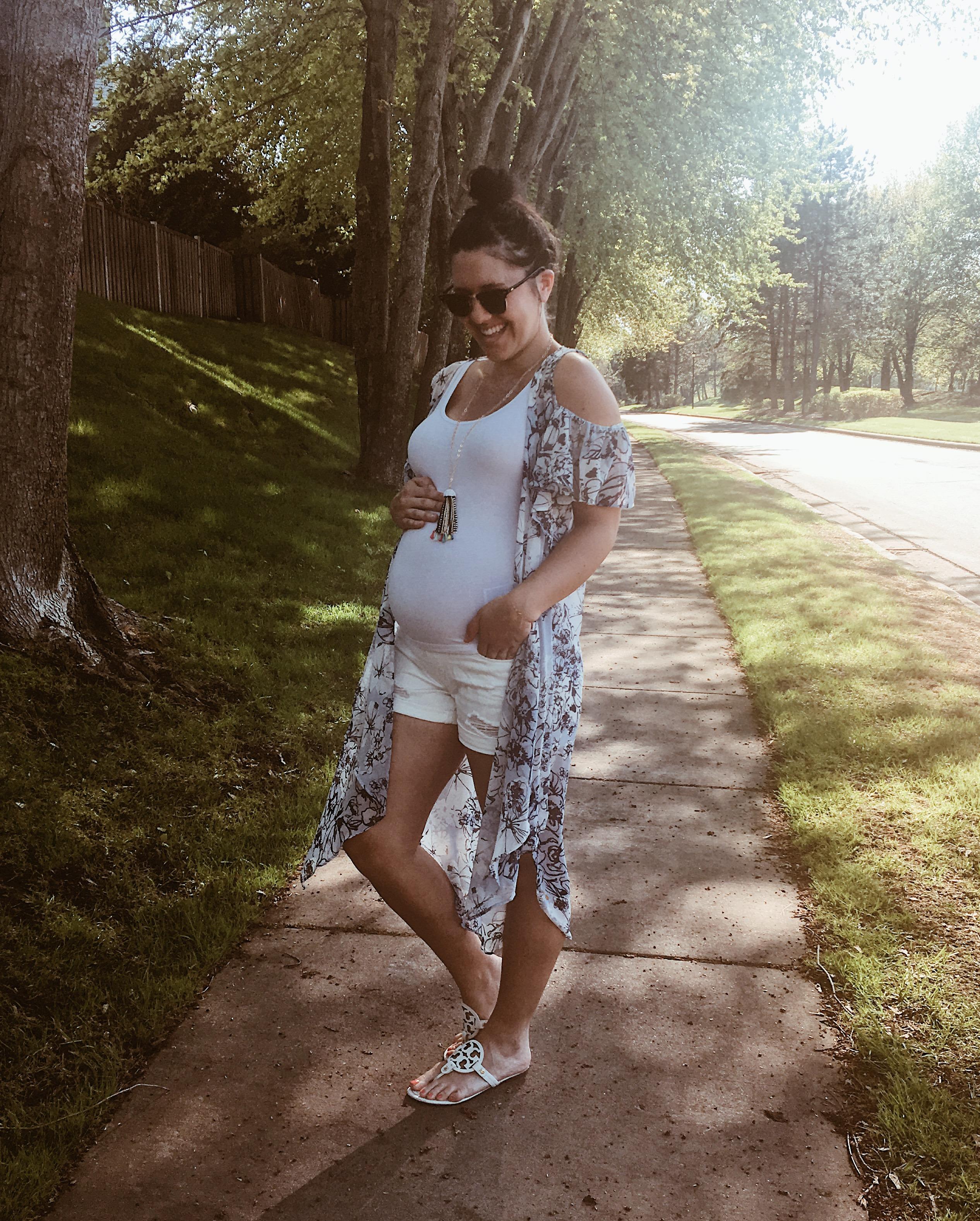 My Favorite Summer Essentials | Maternity & Non-Maternity