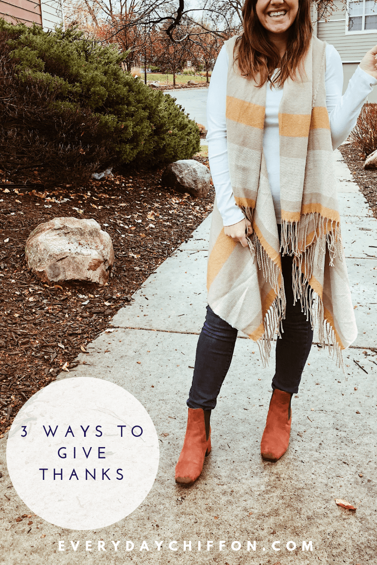 3 Ways to Give Thanks + Thanksgiving Day Look | Fall Style