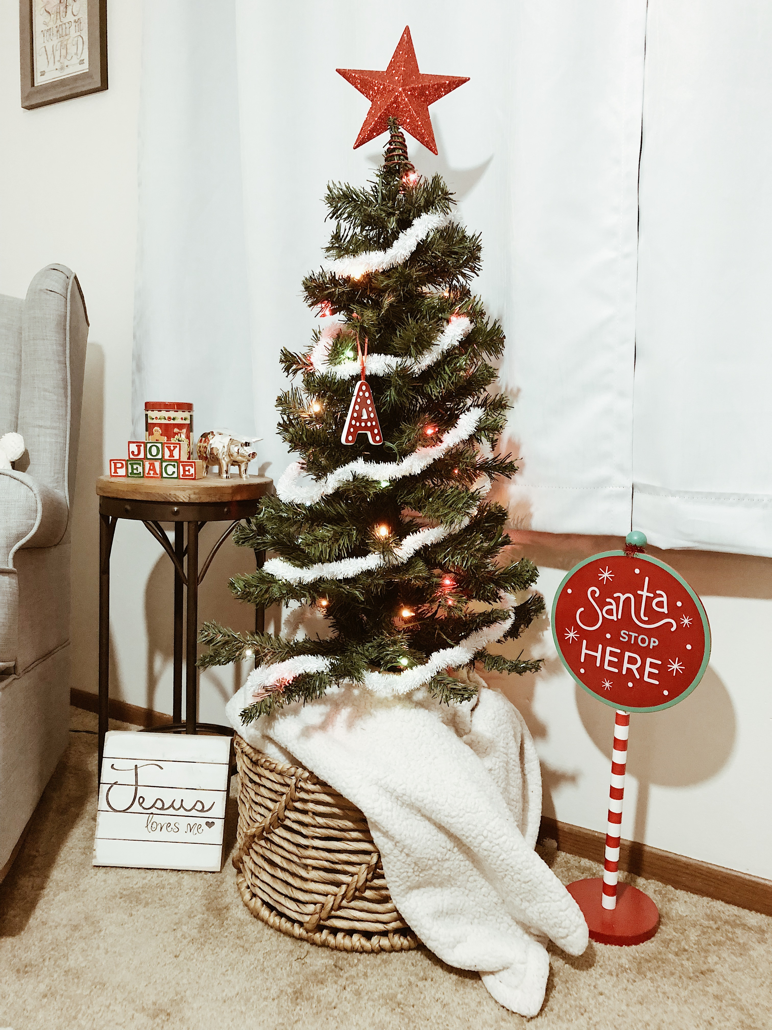 Christmas Nursery Decor | Holiday Home Decor | Everyday Chiffon