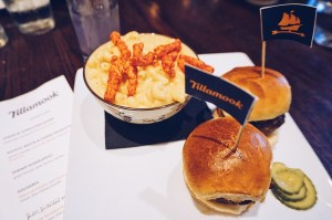 5 Summer Date Ideas with Tillamook