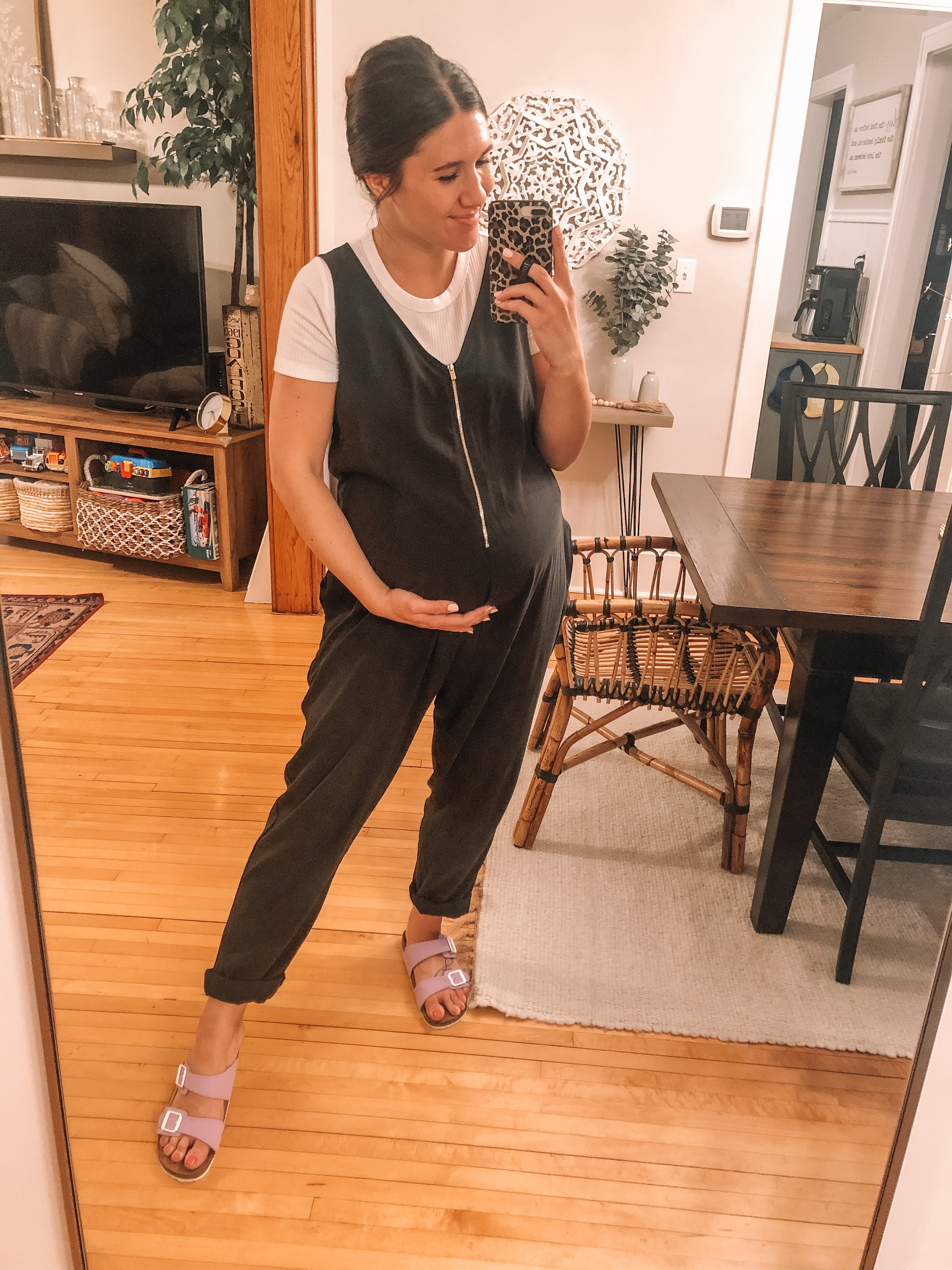 20+ Spring & Summer Maternity Outfits | Everyday Chiffon