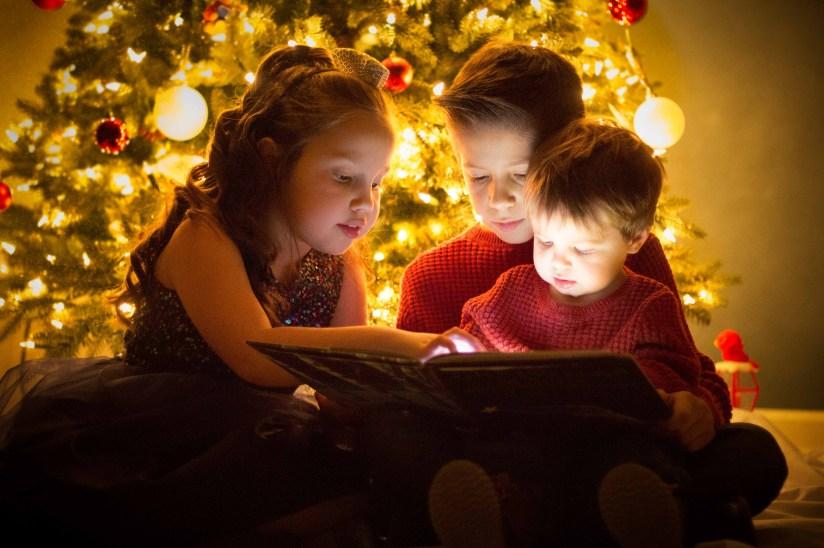 christmas-card-photo magic book