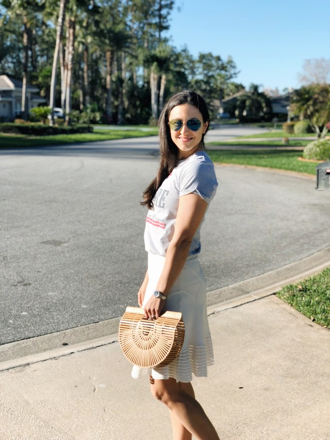 Spring Trends I can't live without white skirt and tee shirt