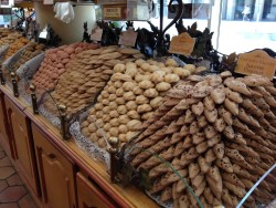 Before the market a boulangerie with stacks and stacks of cookies right out in the open to tempt you!
