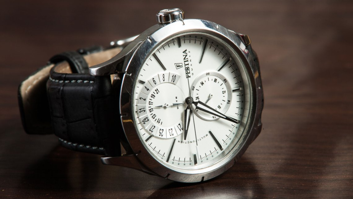 1600-x-900_Watch