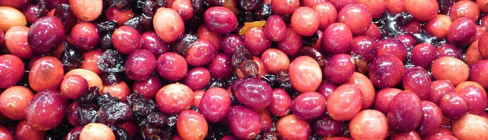 Triple-Delish Cranberry Sauce (c) jfhaugen