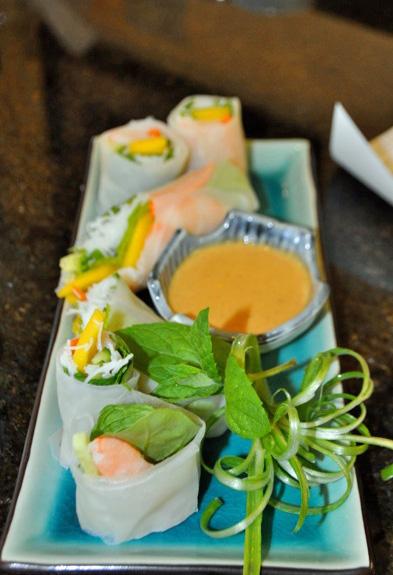 Vietnamese Salad Rolls w/ Spicy Peanut Sauce (c) rbmascari