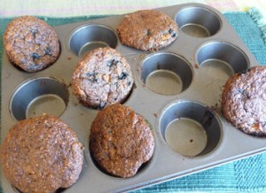Flaxseed Muffins w/ Apple 'n Blueberries