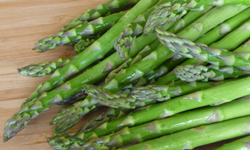 Salsa Verde w/ Roasted Asparagus & Kalamata Olives