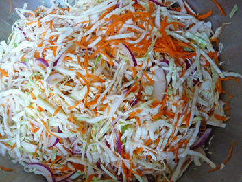 Curtido – Tangy, Sweet, Naturally-Fermented Kraut