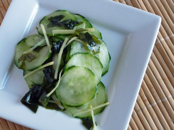 Sunomono – Japanese Cucumber and Wakame Salad