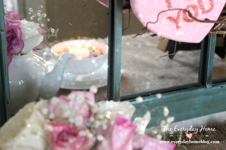 Pretty Valentine Day Vignette | The Everyday Home | www.everydayhomeblog.com