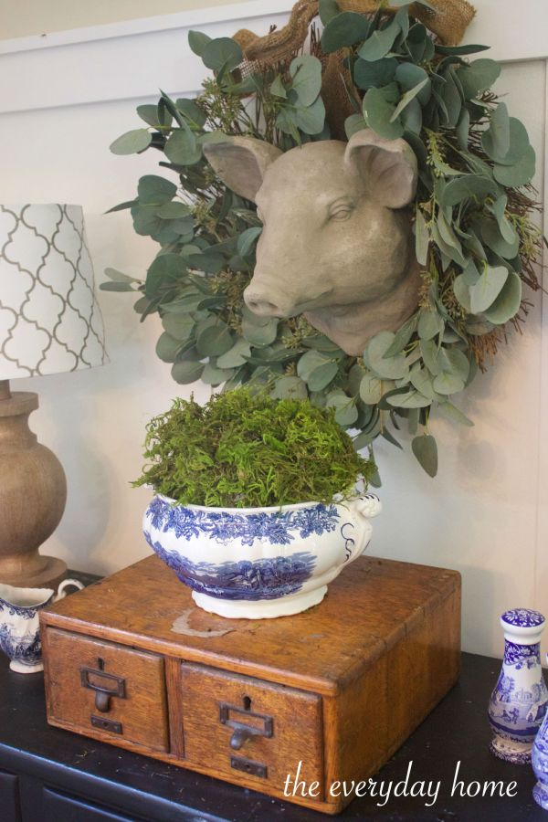 Green Moss in Blue Bowl | The Everyday Home | www.everydayhomeblog.com