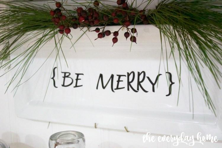 DIY Be Merry Plate | The Everyday Home Blog | www.everydayhomeblog.com