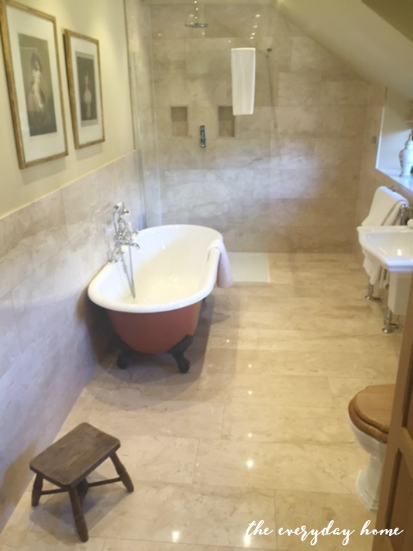 Hever Castle Inn | Bathroom | The Everyday Home