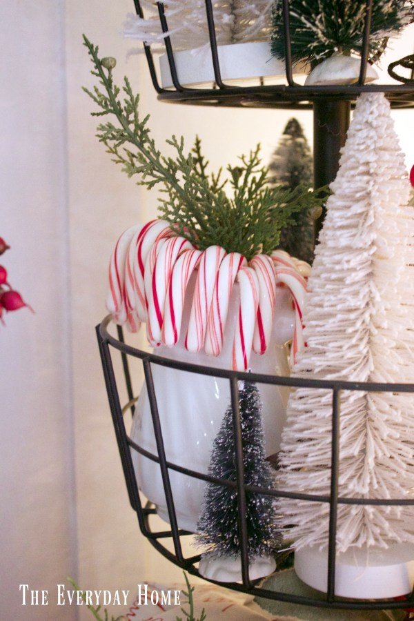 an-old-fashioned-christmas-candy-canes