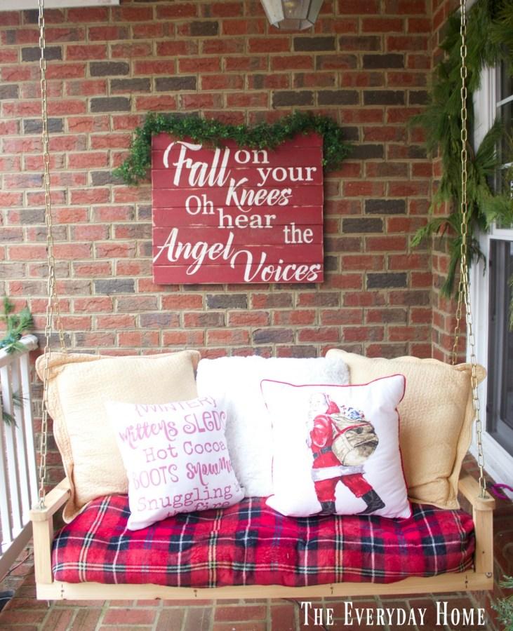 christmas-front-porch-palette-sign