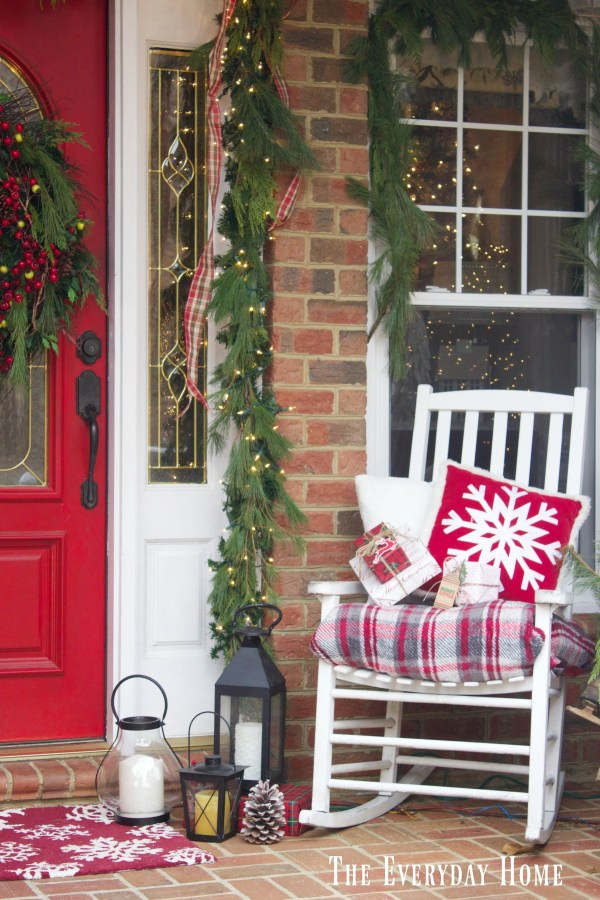 christmas-front-porch-rocker