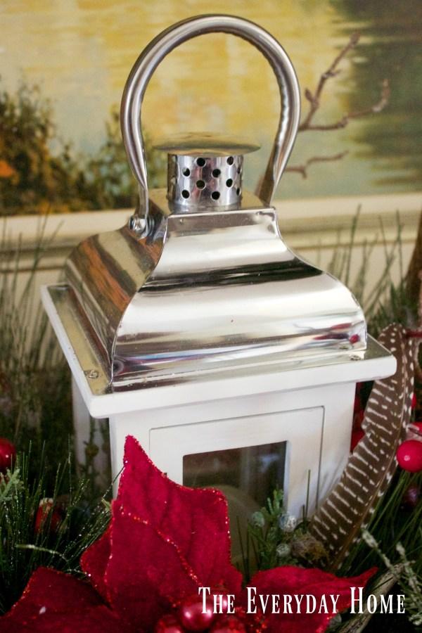 dining-room-buffet-for-christmas-centerpiece-lantern