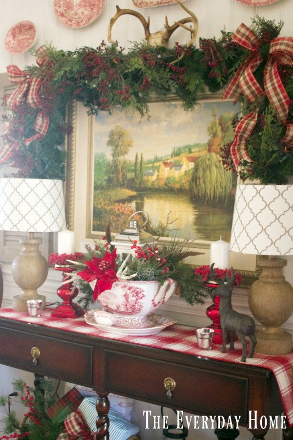 dining-room-buffet-for-christmas-with-garland