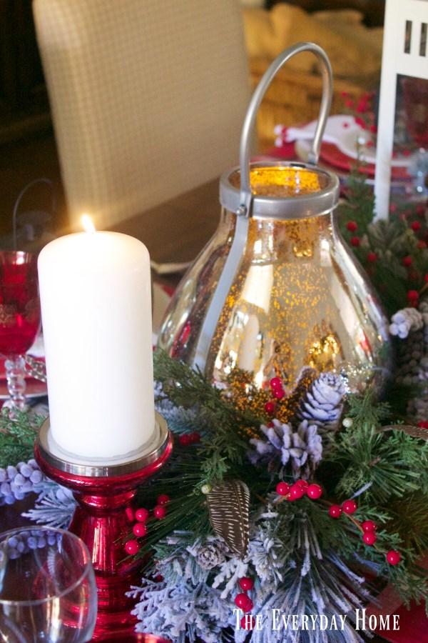 festive-christmas-tablescape-candlelight