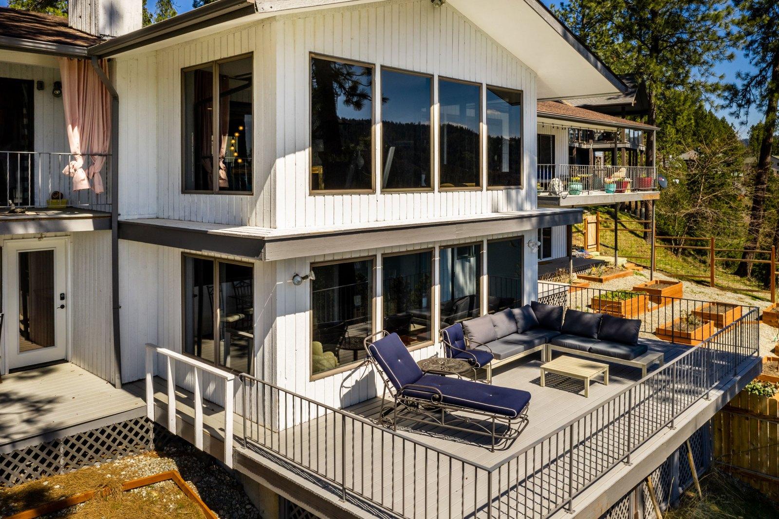 Real Estate Photography Spokane - Everyday I'm HOVERIN
