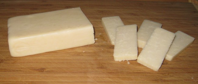 Healthy Snack: Raw Goat Cheese