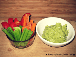 Healthy Snack: Raw Vegetables and Guacamole