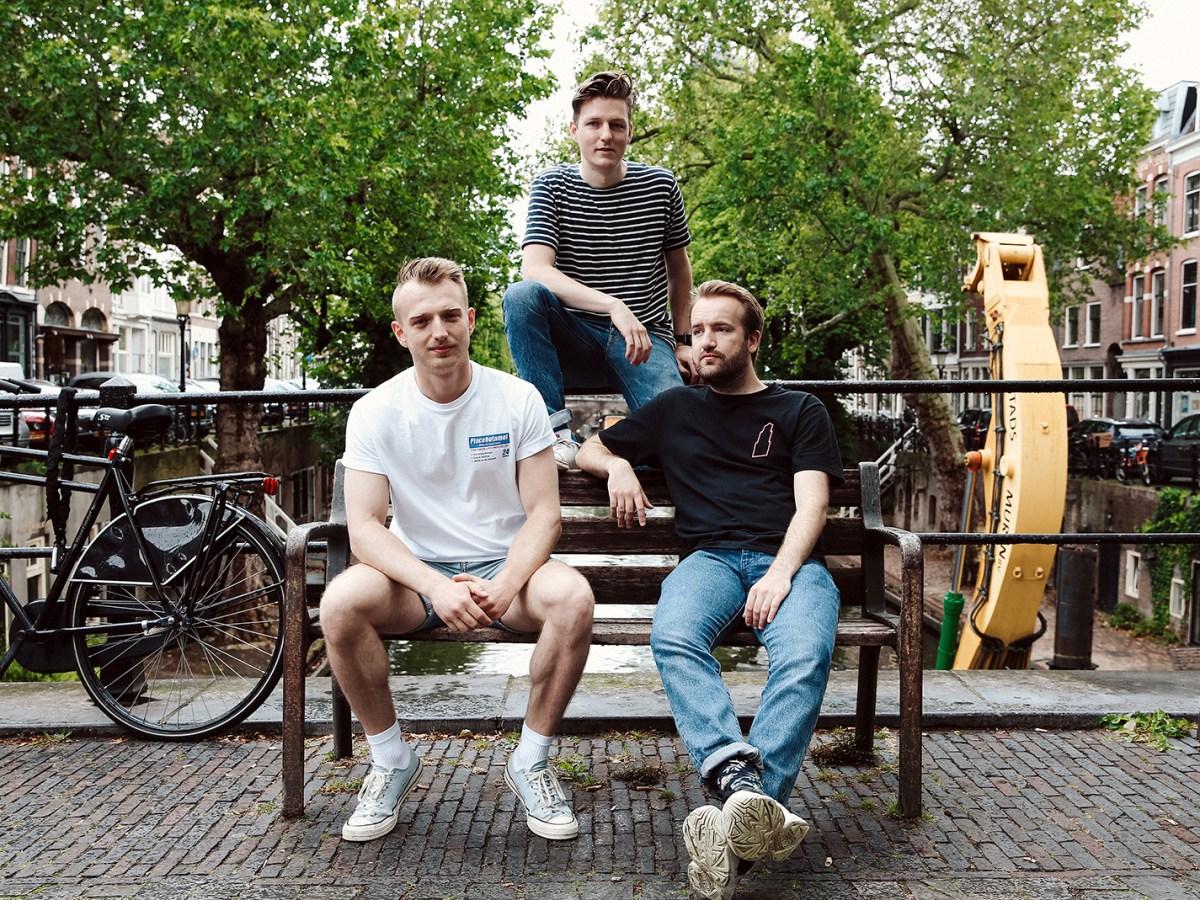 djs sitting in bench