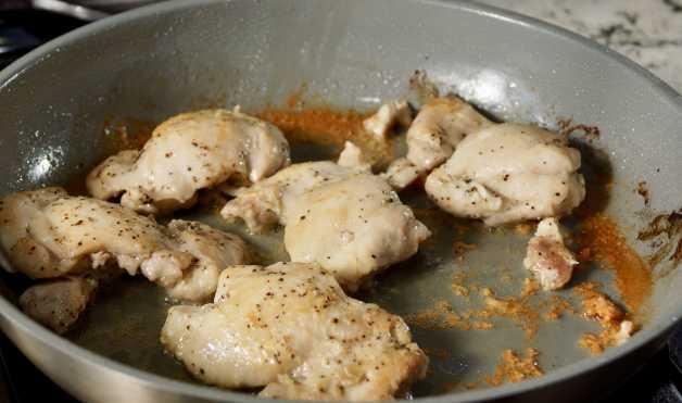 Chicken thighs for Mexican cauliflower arroz con pollo